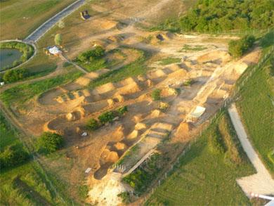 Vue aérienne du mountainboardpark de Compiègne